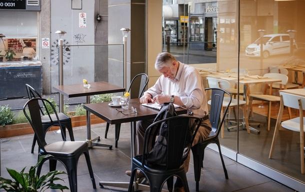 Языковой омбудсмен напомнил о переходе сферы обслуживания на украинский