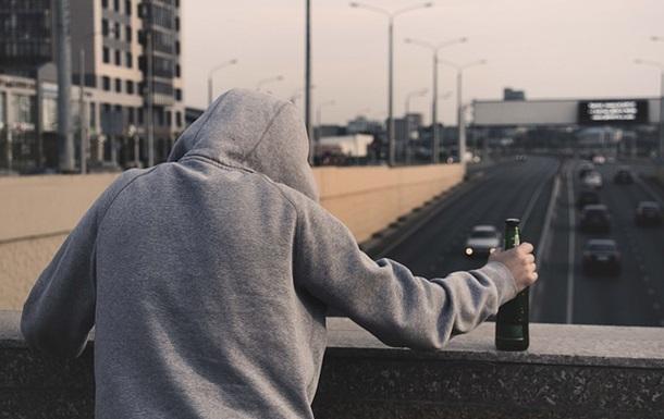 Стало известно, как алкоголь притупляет бдительность