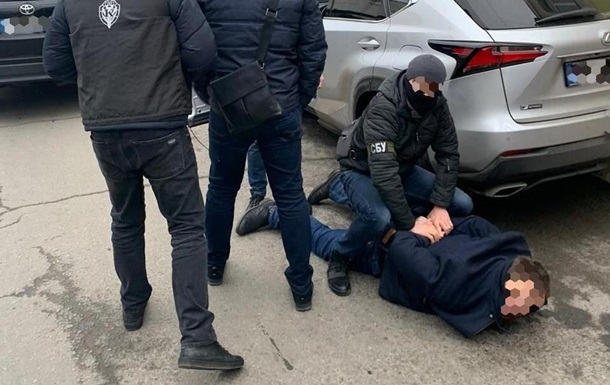 В Харькове чиновник из гослаборатории пытался подкупить прокурора