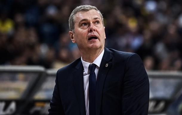 Главный тренер сборной Украины заразился коронавирусом