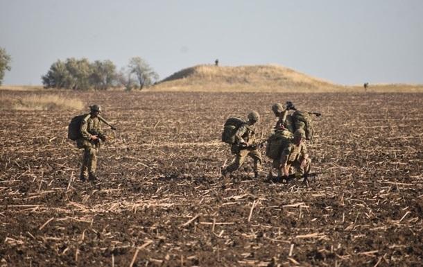 Снайпер сепаратистов ранил украинского военного