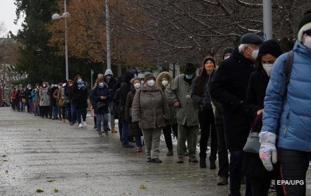 В Австрії стартувало масове COVID-тестування