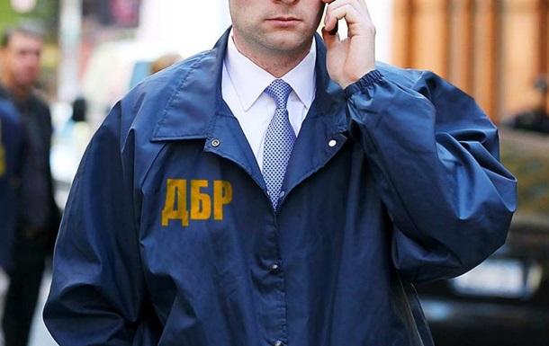 В Харькове сотрудник СБУ возглавлял преступную группу