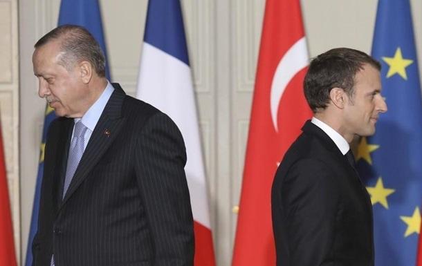 Эрдоган: Макрон – бремя для Франции
