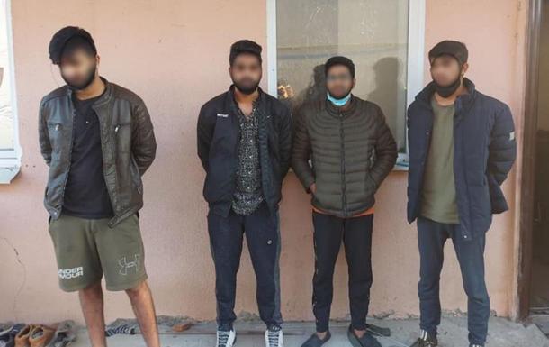 На Закарпатті четверо іноземців зґвалтували жінку