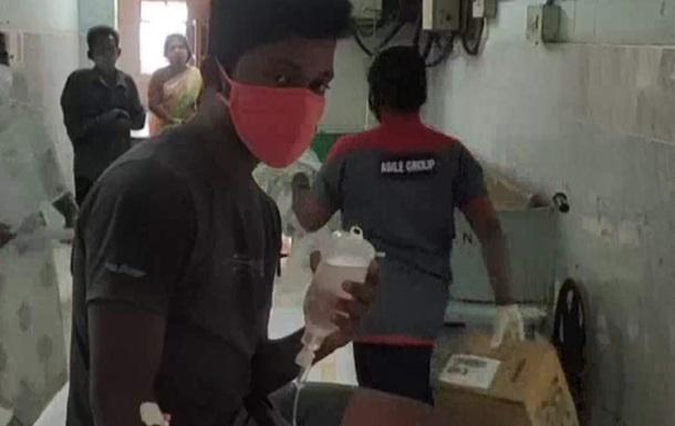 В Індії близько 300 осіб госпіталізовано через невідому хворобу - ЗМІ