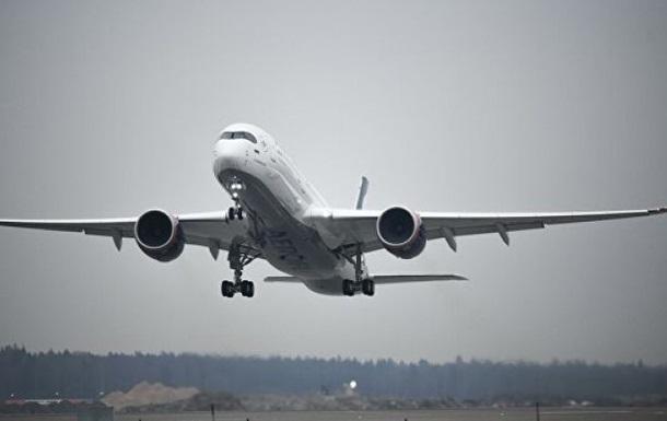 Самолет из РФ задержали в Нью-Йорке