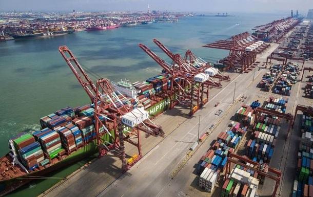У Китаї рекордне зростання експорту на тлі пандемії COVID-19
