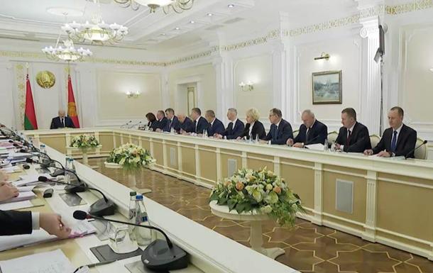 Лукашенко приказал трудоустроить 'протестунов'