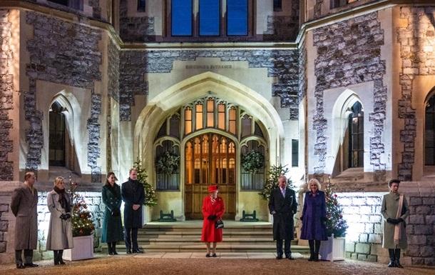 Єлизавета II вперше з початку карантину побачилася з рідними
