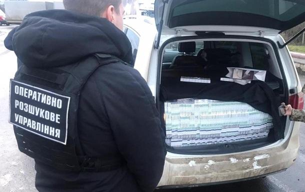 На границе с Венгрией задержан дипломат с контрабандой сигарет