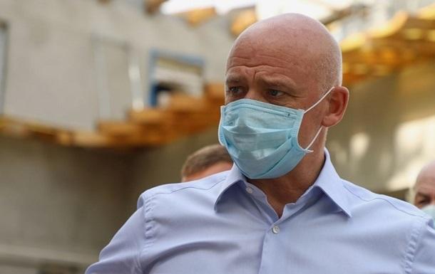 Мэра Одессы госпитализировали с коронавирусом