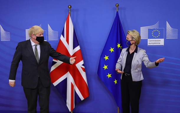 Запасаются едой. Лондон готов к Brexit без сделки