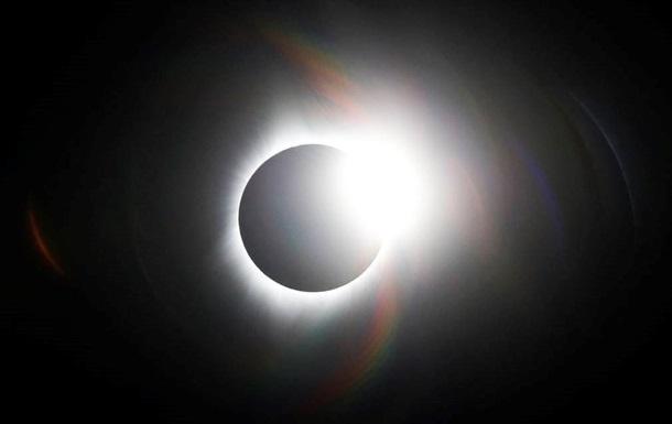 Жители Земли во время затмения увидят  солнечную корону