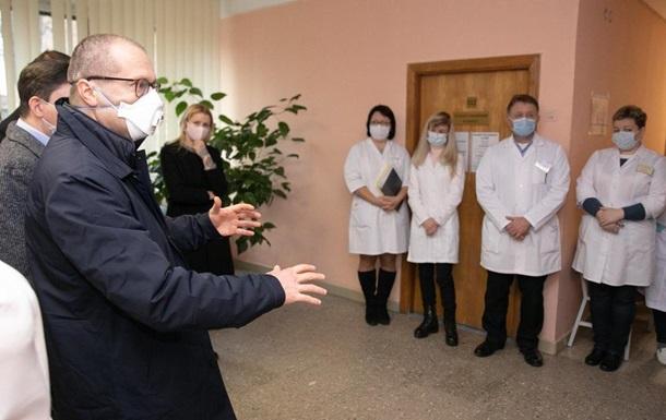Глава ВОЗ в Европе встретился с медиками Киева