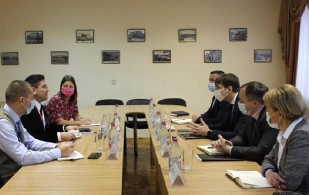 В Закарпатской прокуратуре обсудили венгерский вопрос с СММ ОБСЕ