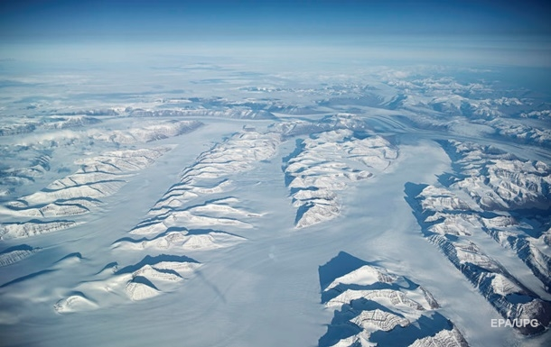 Ледяной щит Гренландии катастрофически тает - ученые