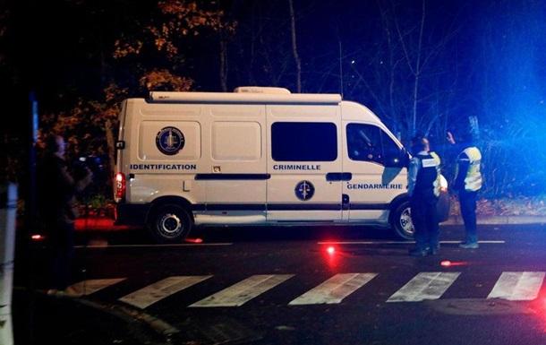 Захвативший заложников под Парижем убил жену и себя
