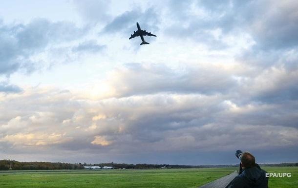 За незаконное посещение Крыма арестовано 104 самолета и 50 судов