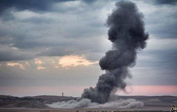 Главная база США в Афганистане попала под ракетный обстрел