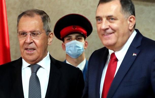 Скандал с украинской иконой в Боснии: оппозиция требует отставки президента