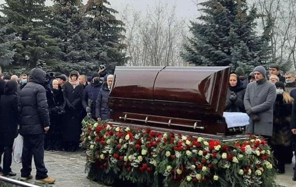 Під час похорону Кернеса невідомі запустили салют