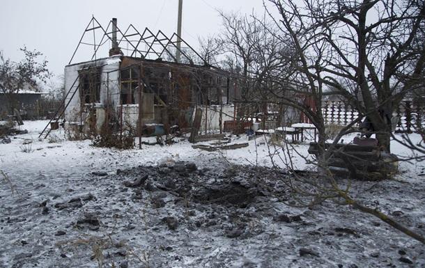 Сепаратисти обстріляли село на Донбасі - штаб