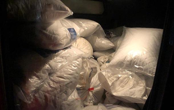 У Житомирській області затримали авто з 700 кг бурштину