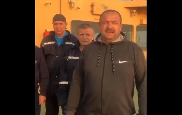 Українські моряки півтора року не можуть повернутися з Китаю