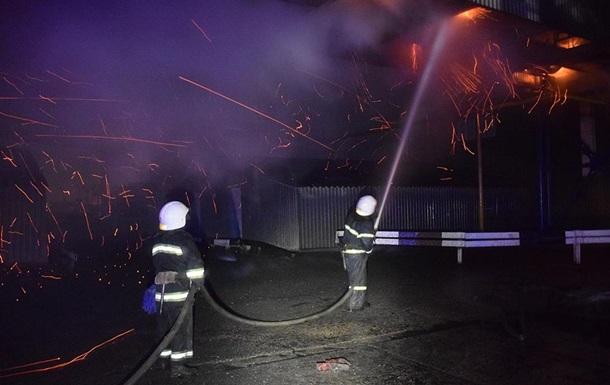 В Николаеве потушили масштабный пожар на зерновом терминале