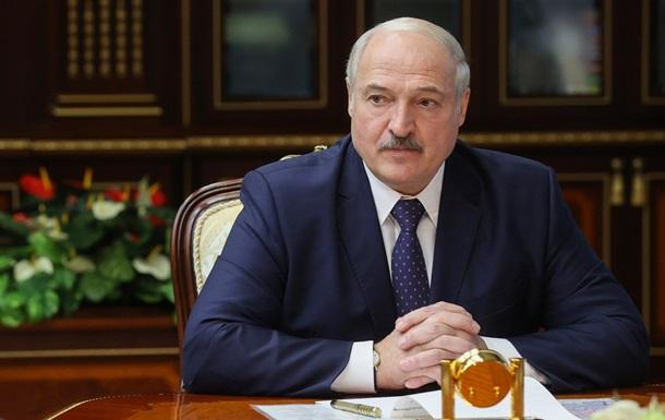 Лукашенко призвал белорусов перевернуть страницу истории