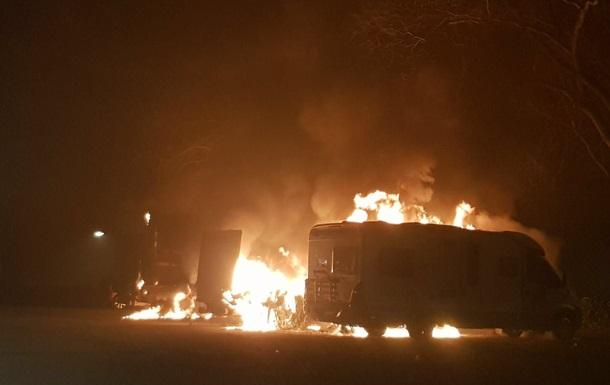 В Страсбурге в новогоднюю ночь сожгли десятки автомобилей
