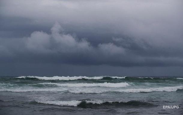 У Беринговому морі бушує  циклон-бомба  з 18-метровими хвилями