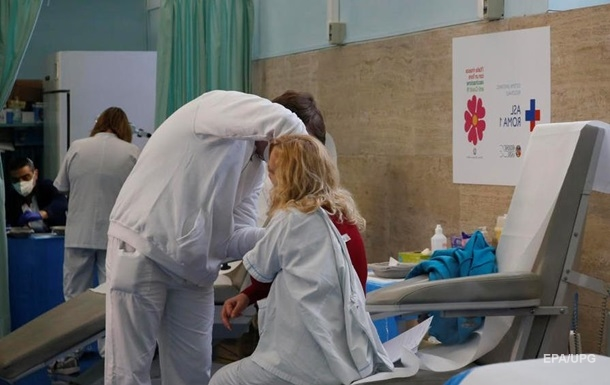 У Мексиці госпіталізували лікаря після COVID-вакцини