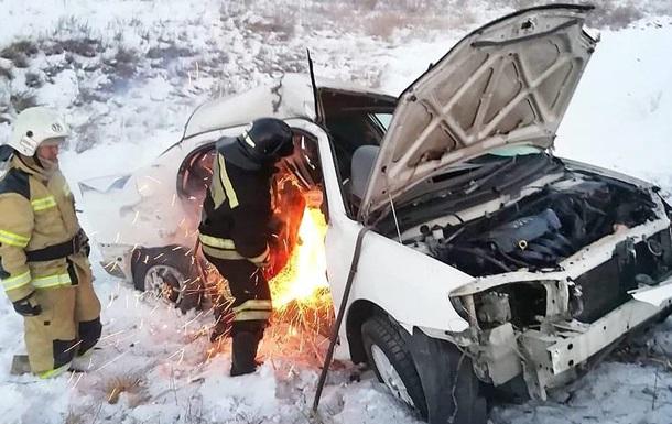 В России восемь человек погибли при столкновении двух легковушек