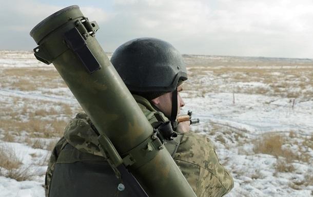 'Перемирие' на Донбассе: семь обстрелов за сутки