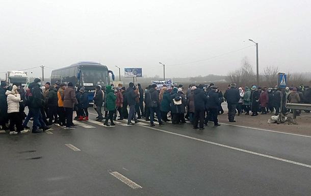 На Полтавщине перекрывали дорогу из-за цен на газ