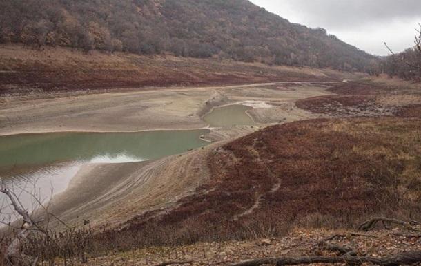 Запасы воды в Крыму упали почти втрое за год