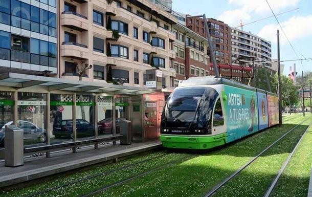 Стало відомо, скільки Україна за рік купила трамваїв і тролейбусів