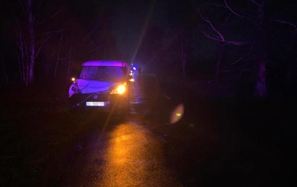 На Житомирщине авто сбило двух детей, один - погиб