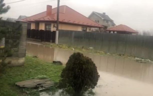 На Закарпатье подтопления из-за дождей