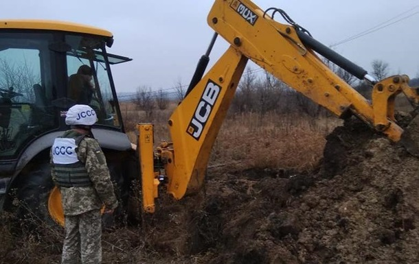 Сепаратисти відкрили вогонь по бригаді ремонтників