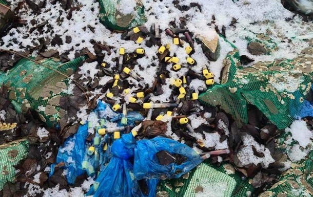 Подо Львовом выявили свалку медицинских отходов