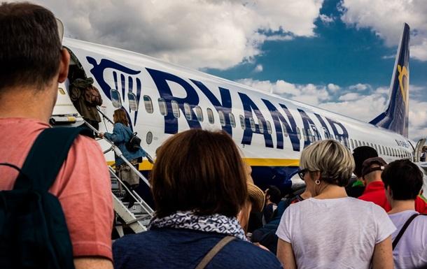 Популярный лоукостер сокращает количество рейсов из Киева