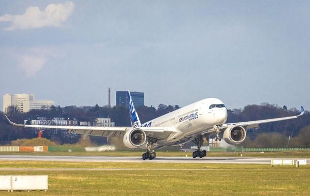 Airbus за рік скоротив поставки літаків на третину