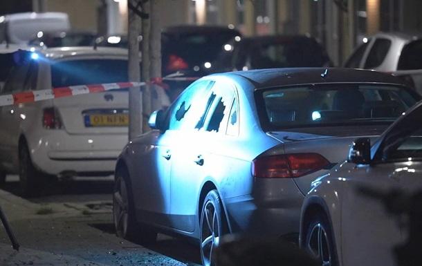 Мощный взрыв в Роттердаме: повреждены дома и авто