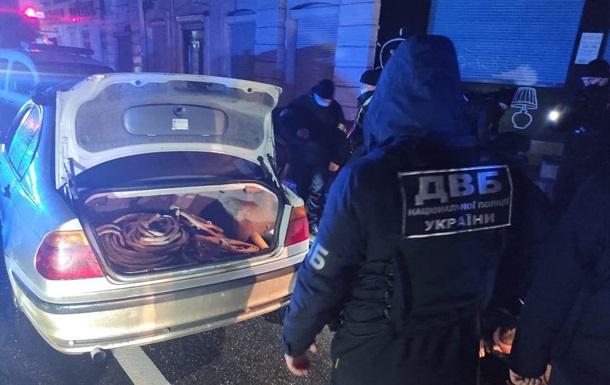 В Харькове полицейские попались на краже кабеля спецсвязи