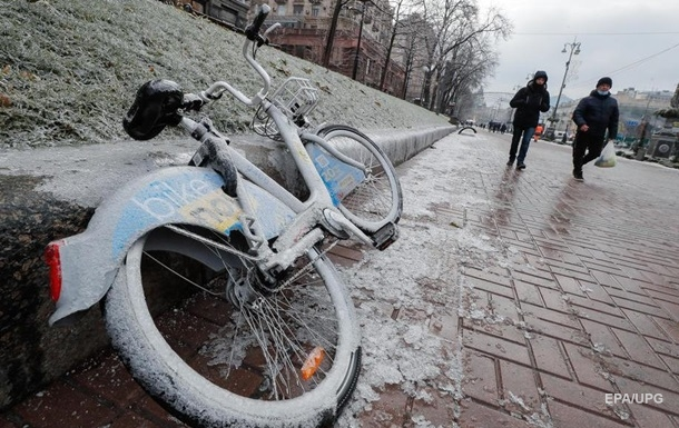 Сильные морозы и снег. На Украину движутся циклоны