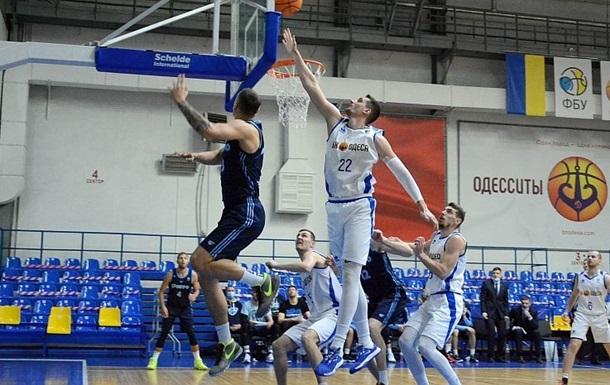 Одесса в напряженном матче обыграла Днепр