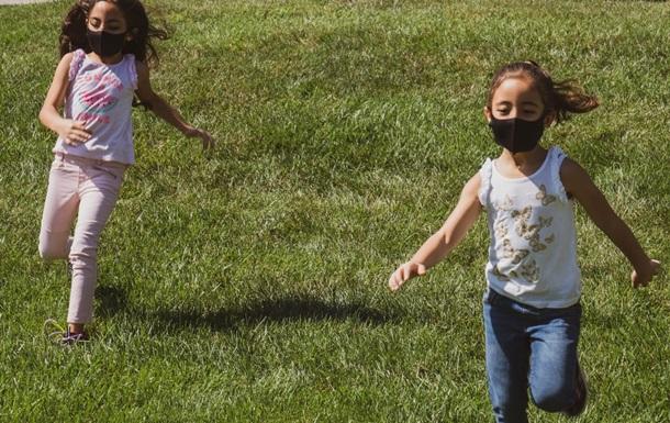 Експерти повідомили, як  британський  штам COVID-19 проявляється у дітей